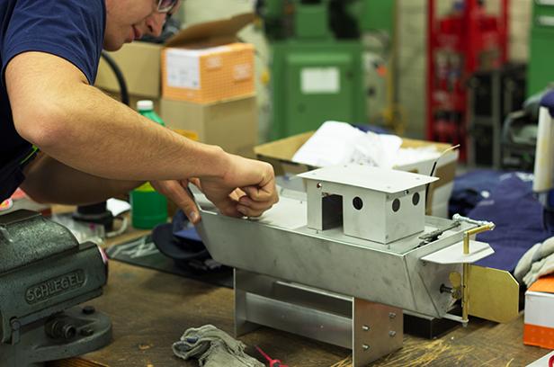 Wir bauen uns ein ferngesteuertes Boot