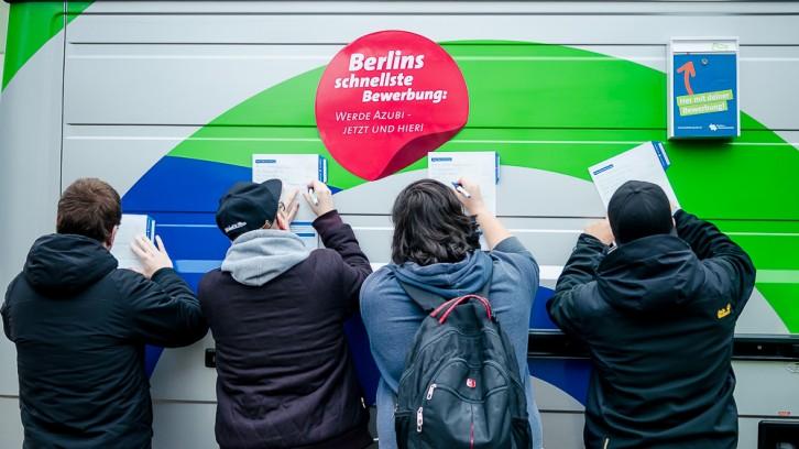 Schneller als dein Schatten – Berlins schnellste Bewerbung