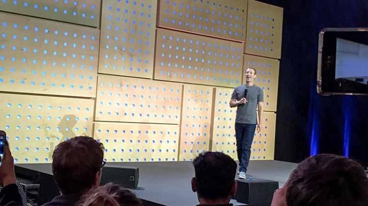 Mein Tag mit Mark: Facebook mal anders